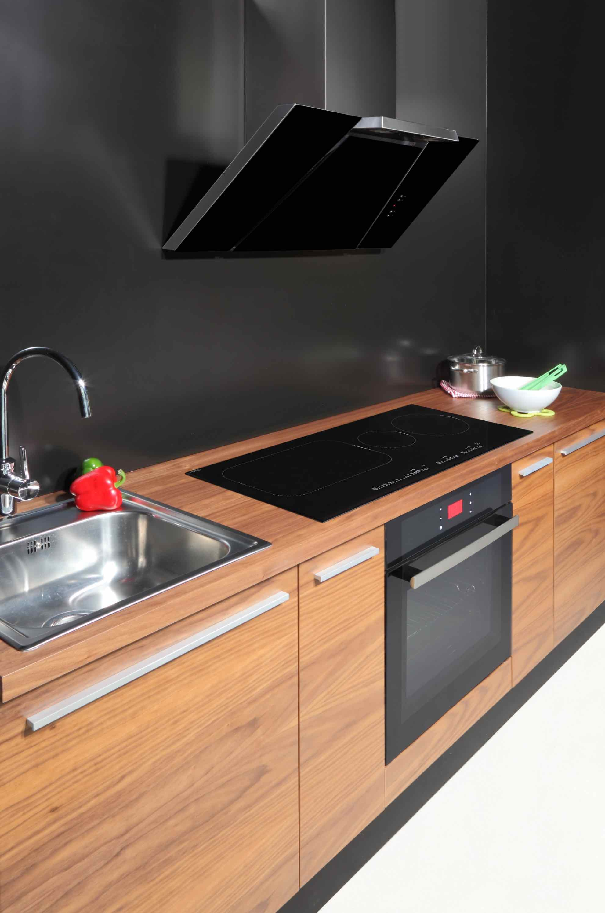 cooker hoods in a passive house or passivhaus evowall