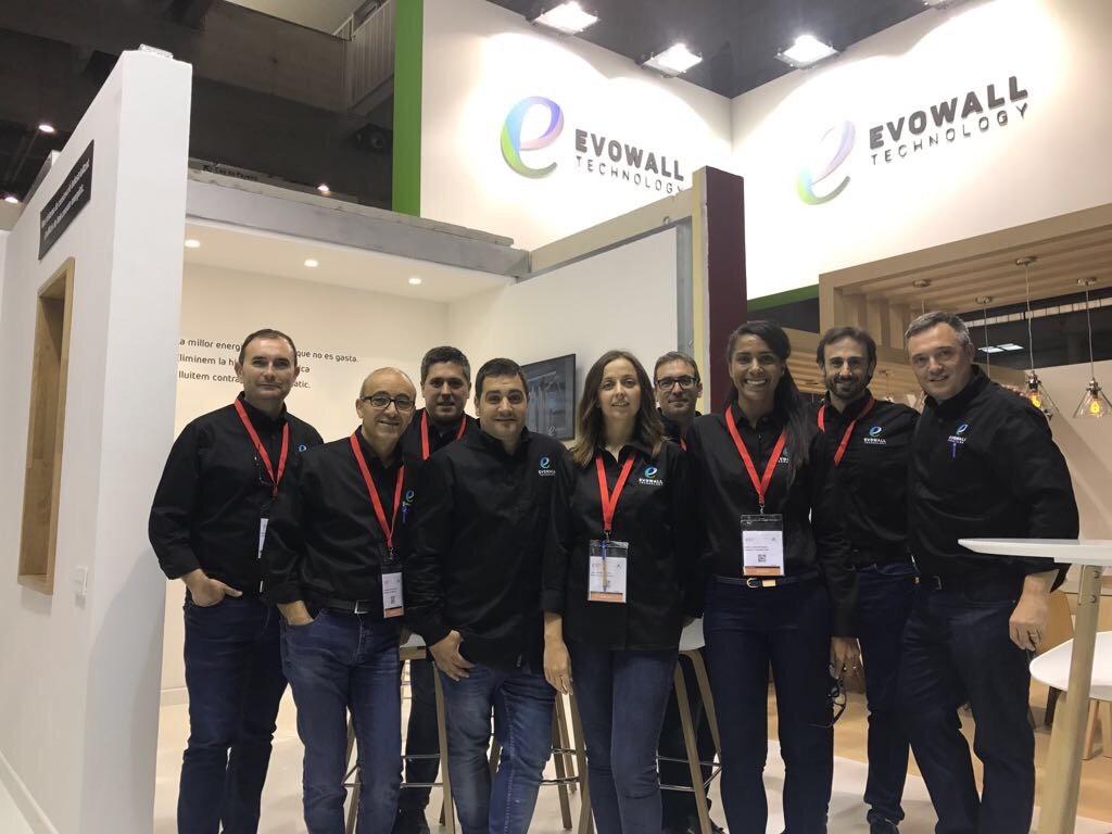 equip evowall