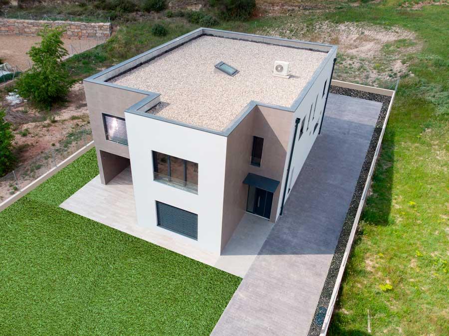 Casa de la llum, casa passiva amb coberta plana