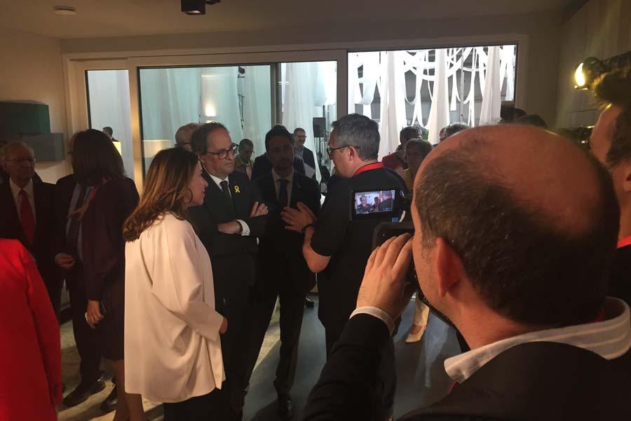 El President de la Generalitat de Catalunya visita el interior de la casa pasiva Evowall