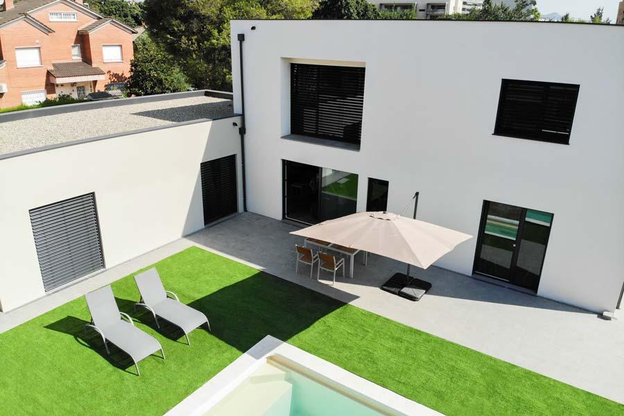 casa Passivhaus con piscina